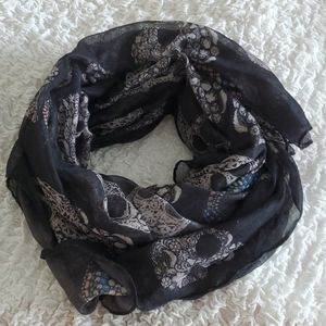 Accessories - Black candy skull scarf